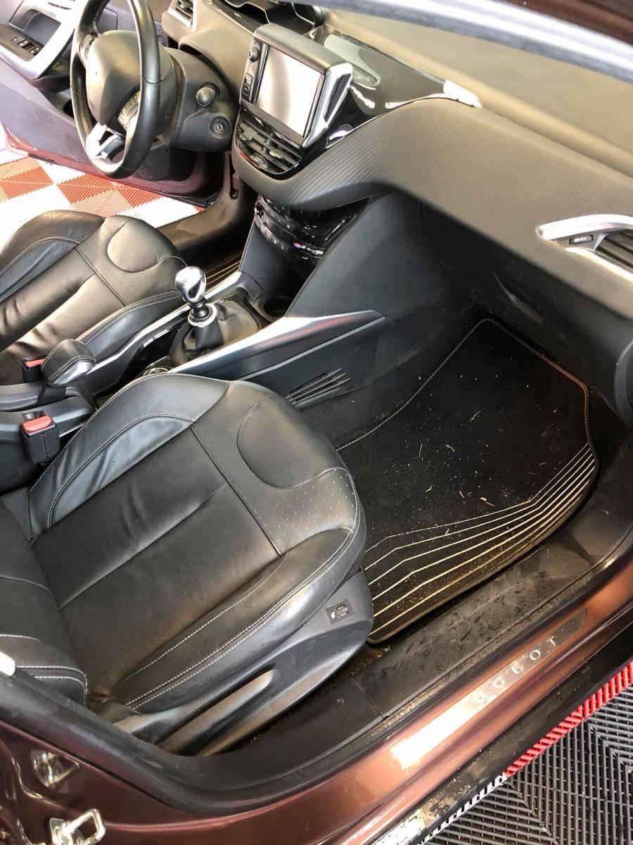 lavage complet int rieur voiture gironde clean autos 33. Black Bedroom Furniture Sets. Home Design Ideas