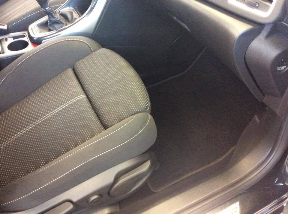 nettoyage int rieur et ext rieur voiture en aquitaine clean autos 33. Black Bedroom Furniture Sets. Home Design Ideas